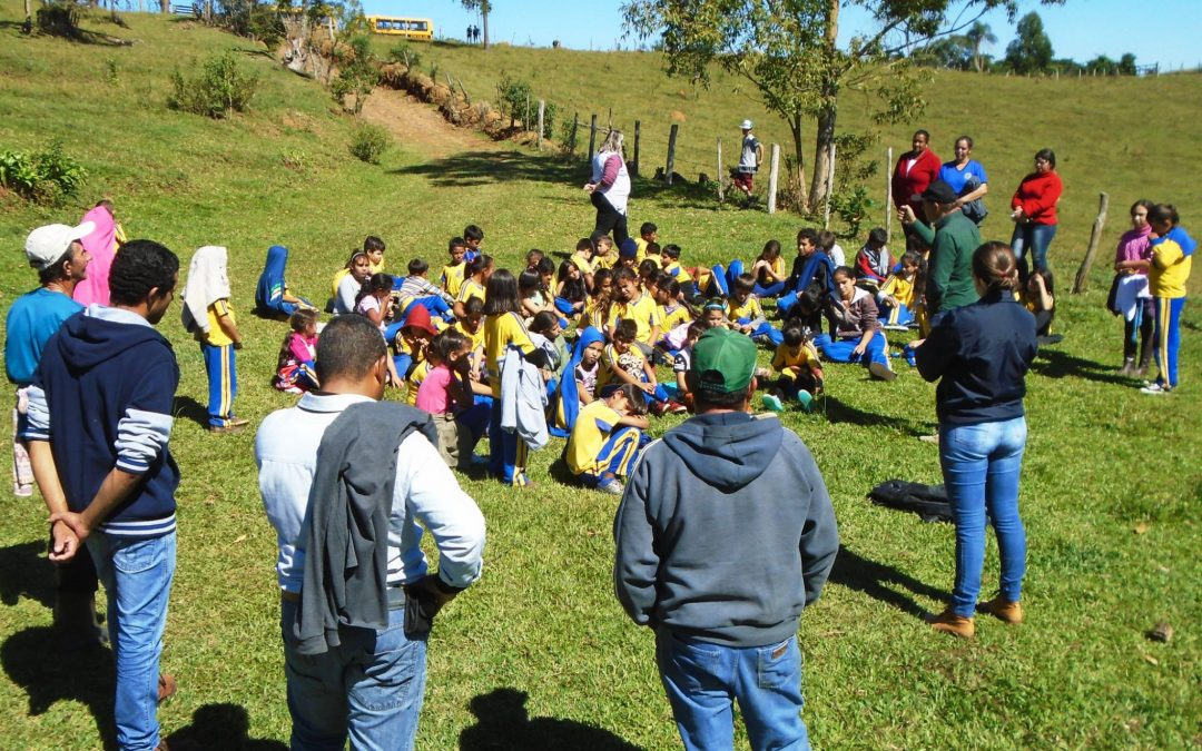 Projeto Matas Sociais: Planejando Propriedades Sustentáveis promove visita técnica com estudantes