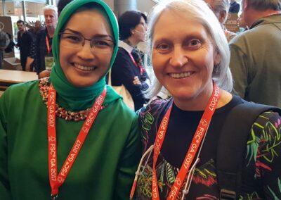 Com Rulita Wijayaningdyah, presidente do Conselho do FSC Internacional.
