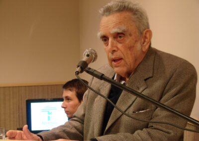 Paulo Nogueira-Neto discursa durante comemoração de 20 anos da Apremavi. Foto: Arquivo Apremavi.