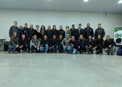 Equipe e sócios da Apremavi. Foto: Arquivo Apremavi.