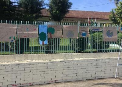 Cartazes elaborados pelo Plantando o Futuro para o #fridaysforfuture.