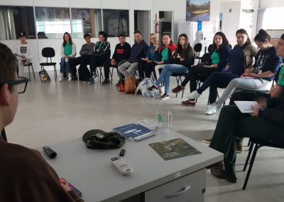 Reunião de planejamento do Grupo Plantando o Futuro.