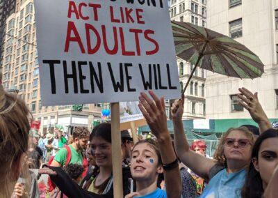 """""""Se vocês não vão agir como adultos, nós iremos""""."""