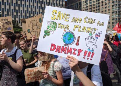 """Cuide e salve o planeta, caramba!"""