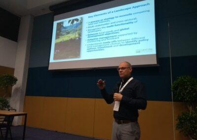 Gary Dunning (TFD) fala sobre o modelo do Diálogo do Uso do Solo e sua aplicação ao redor do mundo. Foto: Fernanda Rodrigues.