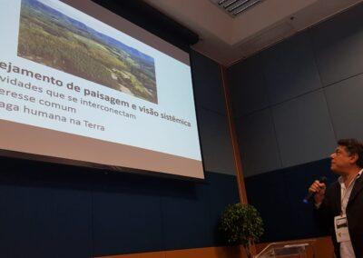 Sérgio Adeodato fala sobre o conceito de Paisagem, um tema em constante evolução. Foto: Miriam Prochnow.