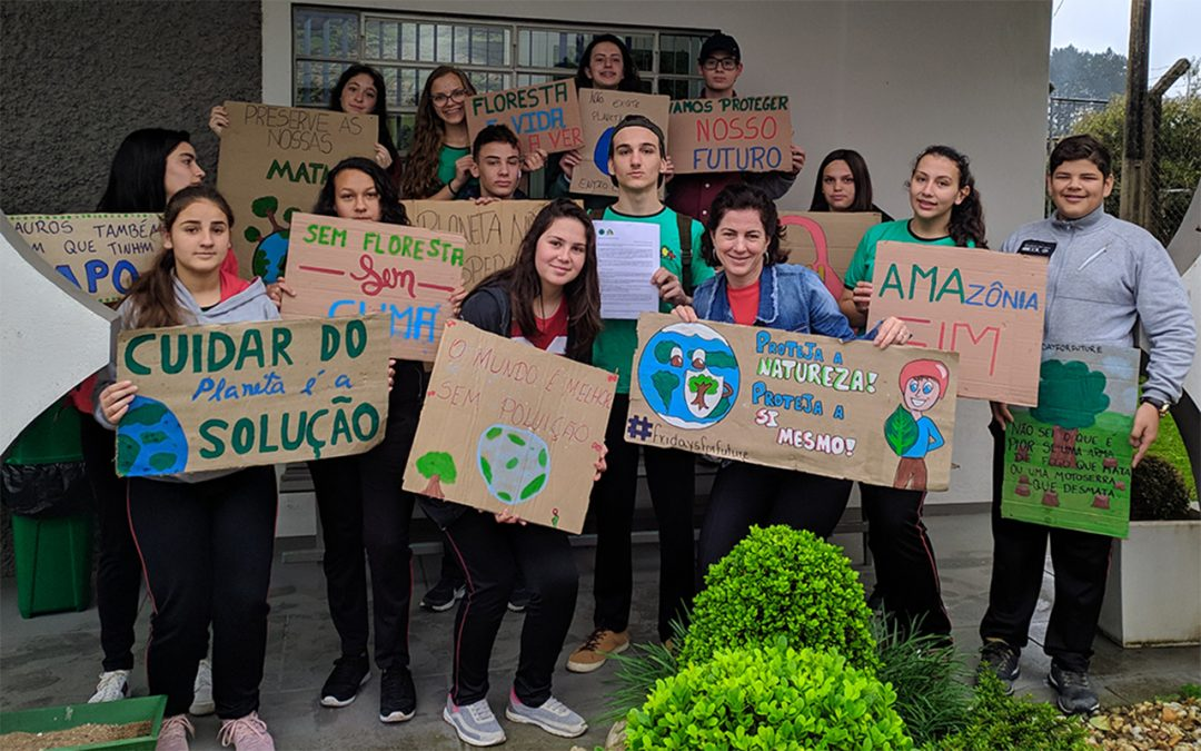 Fridays for Future lança canção e se prepara para nova greve global dia 29/11