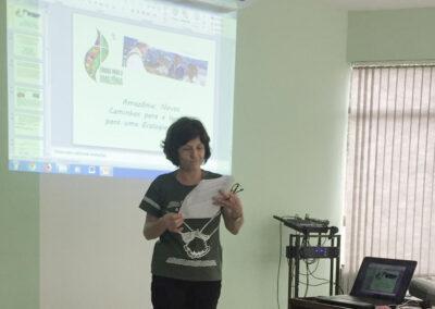 Irmã franciscana Lucia Gianesini relata sobre o Sínodo para a Amazônia.