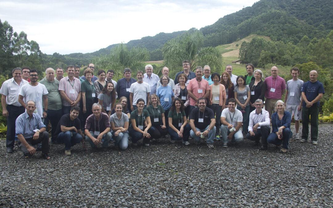 Diálogo Florestal Internacional comemora 20 anos de atuação, num momento decisivo para o mundo